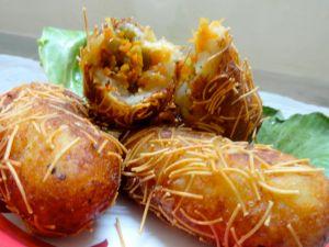 stuffed sevaiya with potato